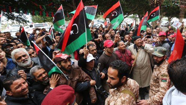 Former army chief calls on Libyans to support his military campaign