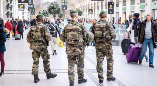 New Year Without Celebrations in Paris, Brussel and Moscow