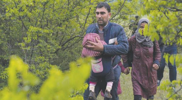 """Ankara Threatens Halting """"One in, One out"""" Deal over Syrian Refugee Crisis"""