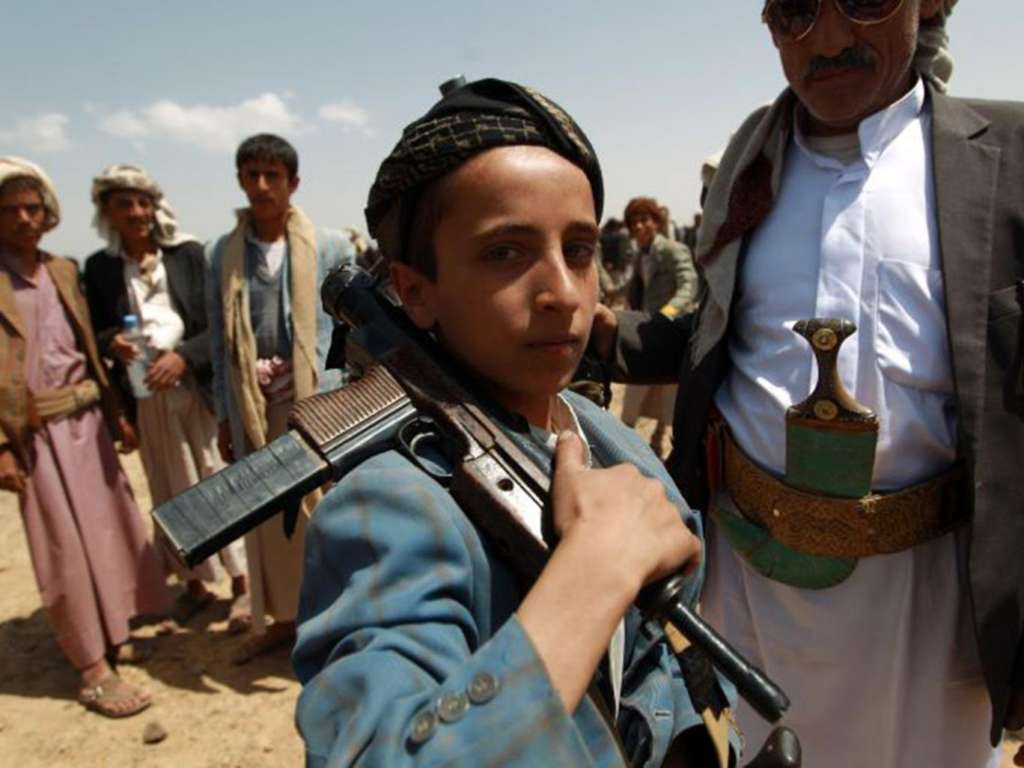 UNICEF to Asharq Al-Awsat: Children are Trained to Use Heavy Weapons in Yemen