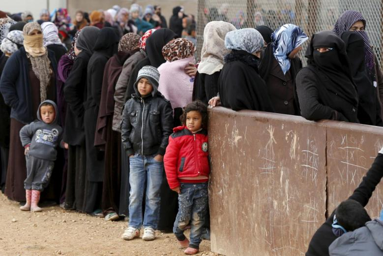 300 Syrian Families Asked to Evacuate North Lebanon Encampment