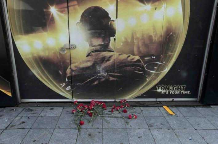 Gunman Kills Dozens in Istanbul Nightclub Attack, Manhunt Under Way