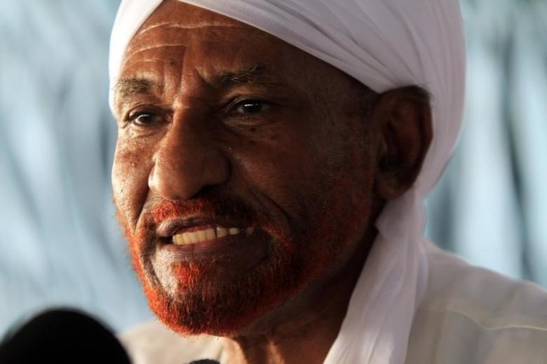 Former Sudanese Prime Minister al-Mahdi addresses residents displaced by the Merowe dam in Omdurman