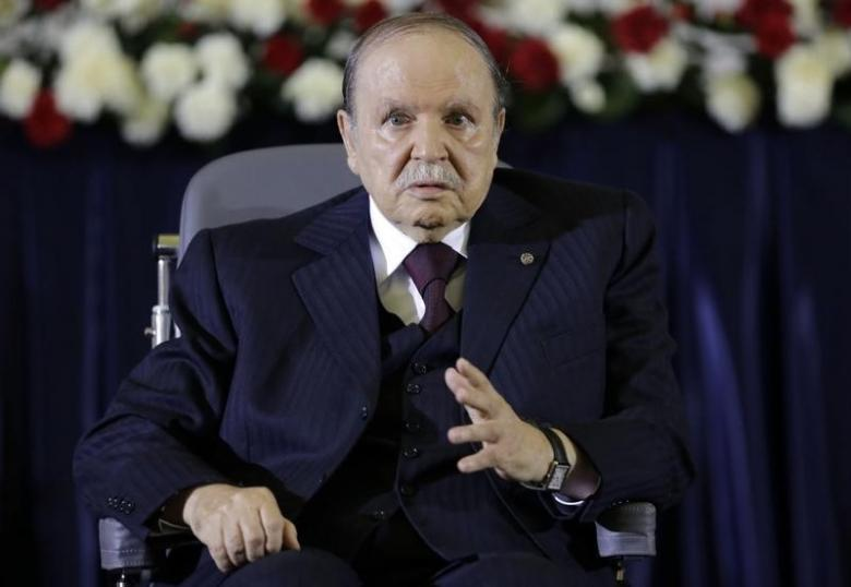 Bouteflika Urges Algerians to Free Themselves from 'Fuel Hegemony'