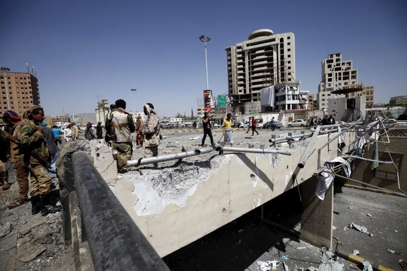 Clashes Break Out among Coup Militias in Yemen