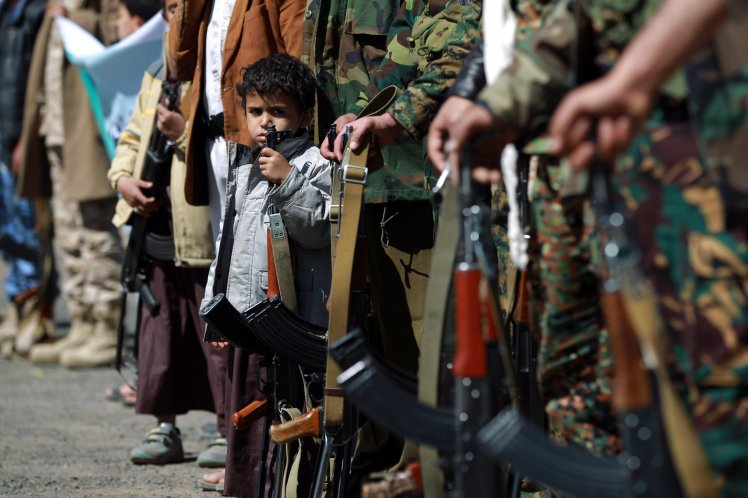 Popular Anger in Yemen over Houthi Attempts to Recruit Youth for Combat