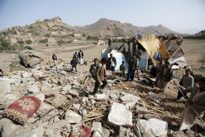 Coalition Intensifies Raids on Sanaa, Hajjah in Yemen