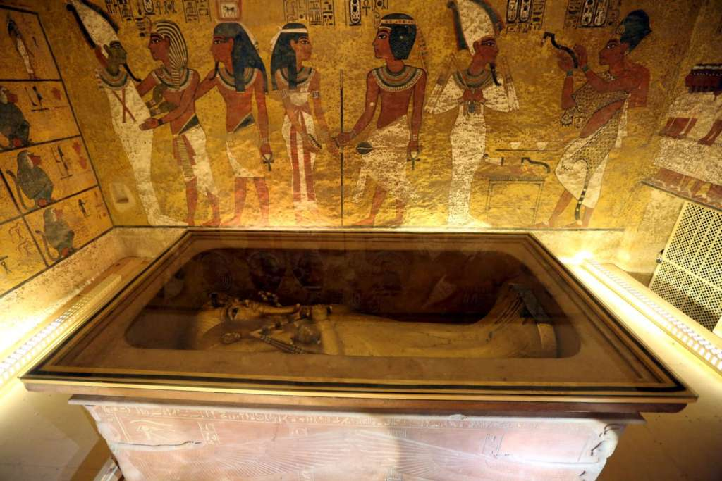 Genes of Ancient Egyptians Closer to Middle East than Africa