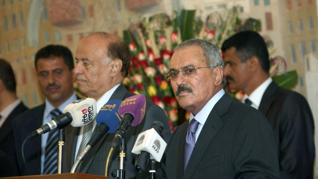 Saleh Protests against Houthi Management, Hints at Ending Partnership