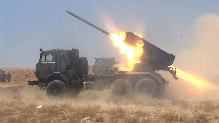 Photo of Lebanese Army shelling ISIS positions on Saturday