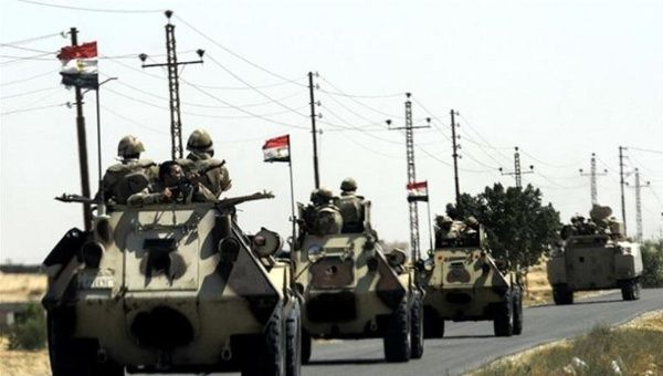Egyptian Military Tanks in Sinai