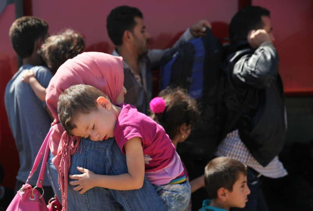 More Than 300 Syrian Refugees Rescued, Arrive in Cyprus