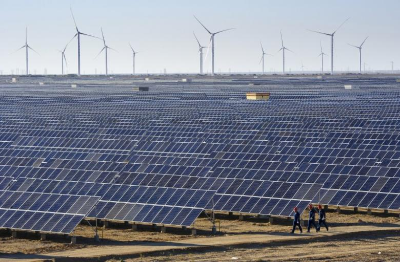 SAGIA in Discussions with Local Companies on Renewable Energy Projects Implementation