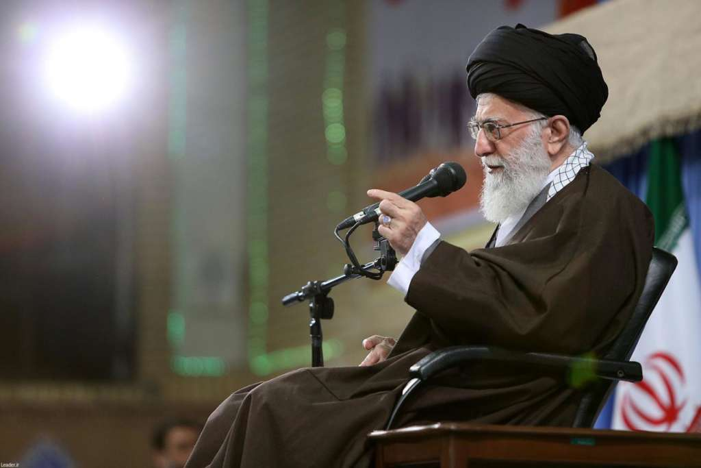 Khamenei: We Will Shred 'Nuclear Deal' if Trump Tears it Apart