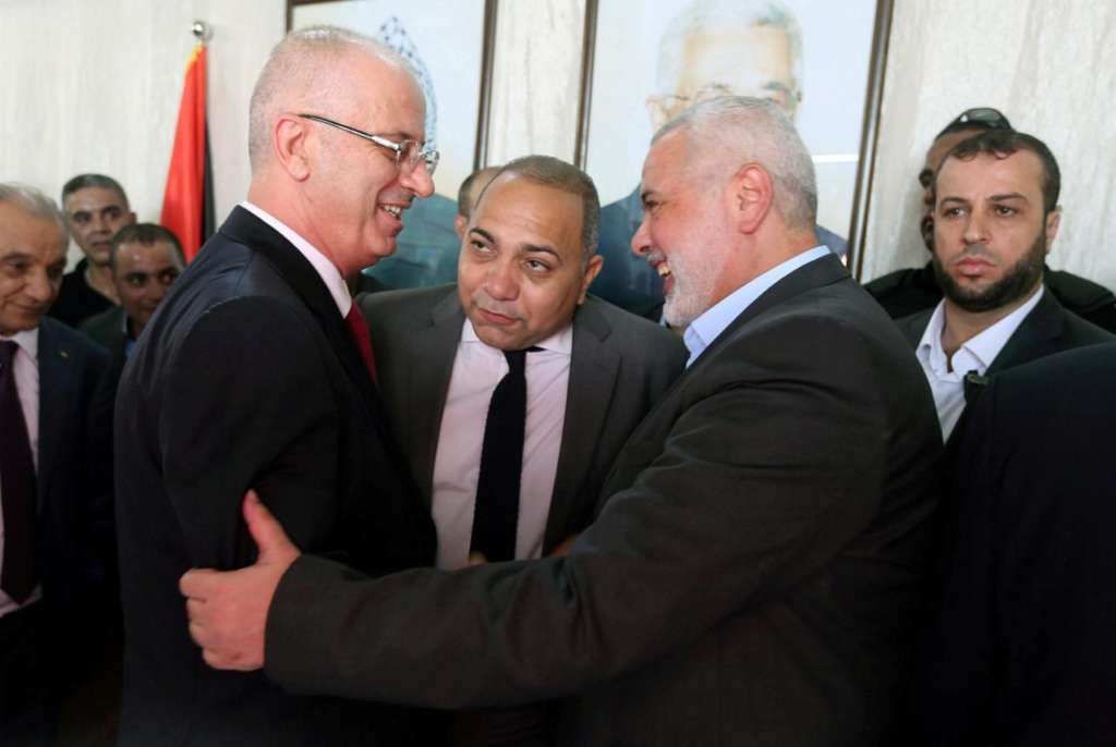 Hamdallah in Gaza: My Government's Success Depends on its Ability to Work on Ground