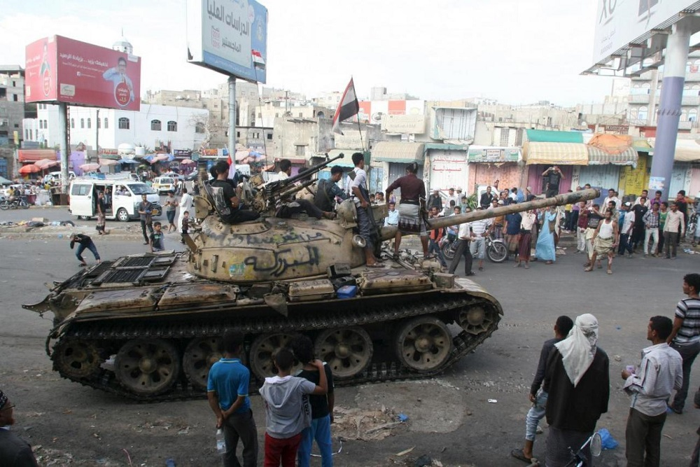 Arab Coalition Fighters Target Coup Military Camps in Yemen